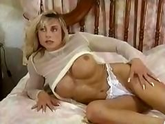 Bodybuilding Grown-up Dames huge love button tits rectal muscle chick