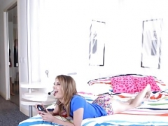 Brazzers - Brazzers Exxtra - My Stepsister The Gamer section s