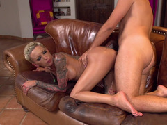 Bella Bellz fucked up the ass by a big cock