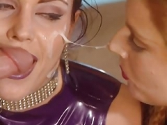 Hot Cum Kissing