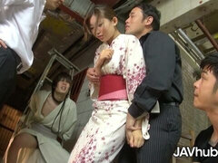 Quick Asian penetration with an innocent hottie Natsume Inagawa