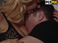 Son Humping Stepmother Alexis Fawx