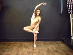 Legal teen hot flexible performer
