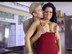 Huge dick delivery guy gets down and dirty housewife Brooklyn Blue xxx