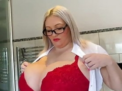 Large boobs Simone getting ready for a bath