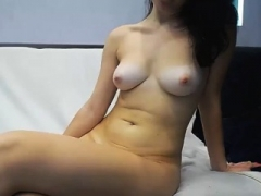 Super Hot 18-19 y.o. Kitten Knows How To Jerk