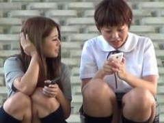 Japanese teen cuties gush urine