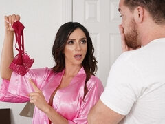 Busty MILF Ariella Ferrera can't find a single pair of panties anywhere in the house, it's like they've all disappeared – or got stolen