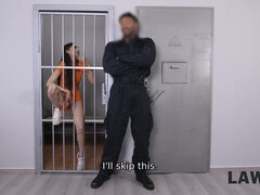 LAW4k. Guards tell young seductive miss she cant sell things