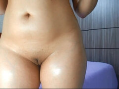 Chubby amateur brunette naked on webcam