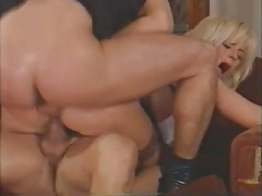 Blonde Sexually available mom Double Penetrated