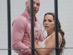 Convict Abigail Mac gets a conjugal hardcore visit in prison