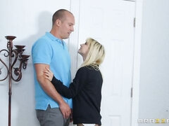Slender blonde in stockings Kenzie Reeves screwed in the cowgirl pose