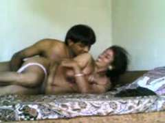 Brainy Indian TeluguAunty permit Getting down and dirty Partner to video their nailing