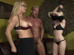 Blonde coed learns to please orally from mommy