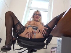 German housewife fooling around