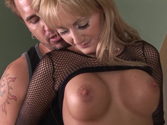 Sexy MILF has a whale of a time with her younger admirer