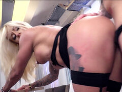 Gorgeous blonde Fit XXX Sandy blowing and riding hard prick