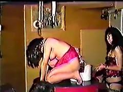 καρτούν λεσβιακό strapon πορνό καυτά κορίτσι παίρνει κόκορας