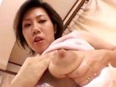 Asian mom i`d like to fuck makes her milk crates gush!