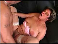 Granny In Glasses And Stockings Give blowjob And Have an intercourse