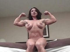 Sexy Undressed Female Bodybuilder Poses in her Room