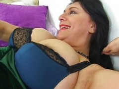 English & huge titted mom i`d like to fuck Sabrina needs a sextoy having an intercourse