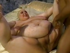 SSBBW HAS HER HEAD Clean-shaven