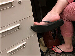 Brooke spin Flop Candid dangle