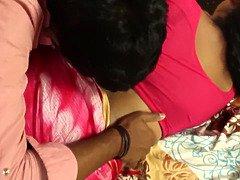 Hot desi shortfilm 347-mota aunty boobs pressed in blouse, grip, belly button smooch