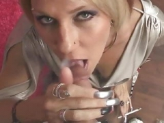 she gives blowjob and she swallows
