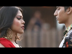 Hot softcore Indian scene with Kee Dulhaniya