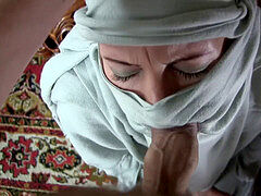 Amateur girlfriends and sluts fuck on cameras