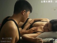 Hot sex of students in the Chinese dormitory