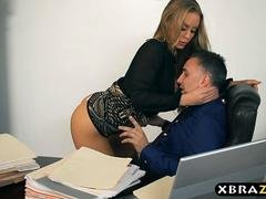 Novel secretary blows and moreover fucks her boss on her number one day