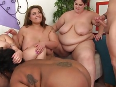 SSBBW beauties banged by one phallus