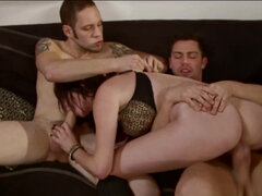 Babysitter Vera Drake's mouth & pussy get double fucked
